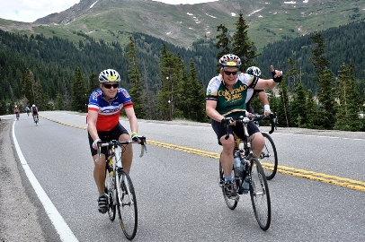 Zach Johnson and Ed Peyronnin riding up to Loveland Pass